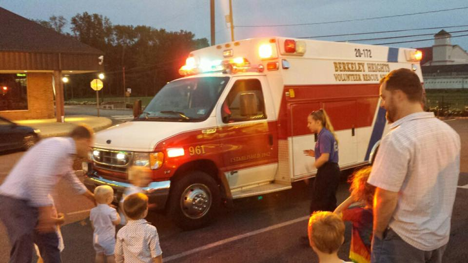 Forfrusen lamnad av ambulans